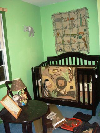 Table crib and wall night